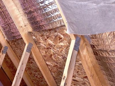 Как утеплить мансардную крышу изнутри своими руками